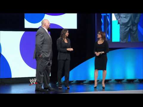 Raw Pre-Show And More Coming With WWE's New Partnership With Yahoo (Video)